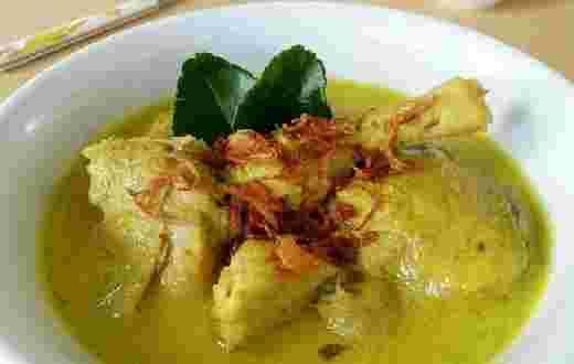 Resep Opor Ayam Kampung Bumbu Kuning Spesial